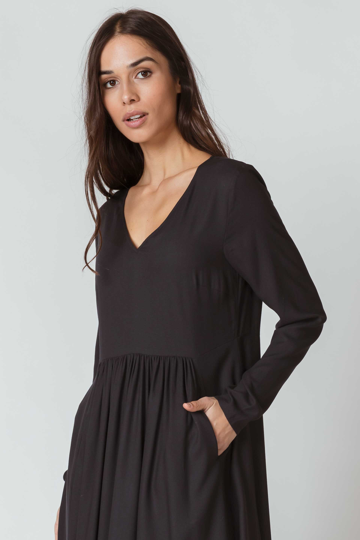 SKFK-IRAIDA-DRESS-Kleid-2N-black-1