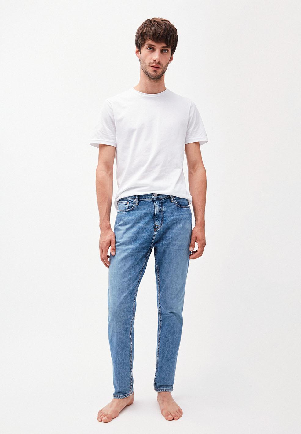 ARMEDANGELS-AARO-Tapered-Fit-Denim-Jeans-brilliant-blue-4