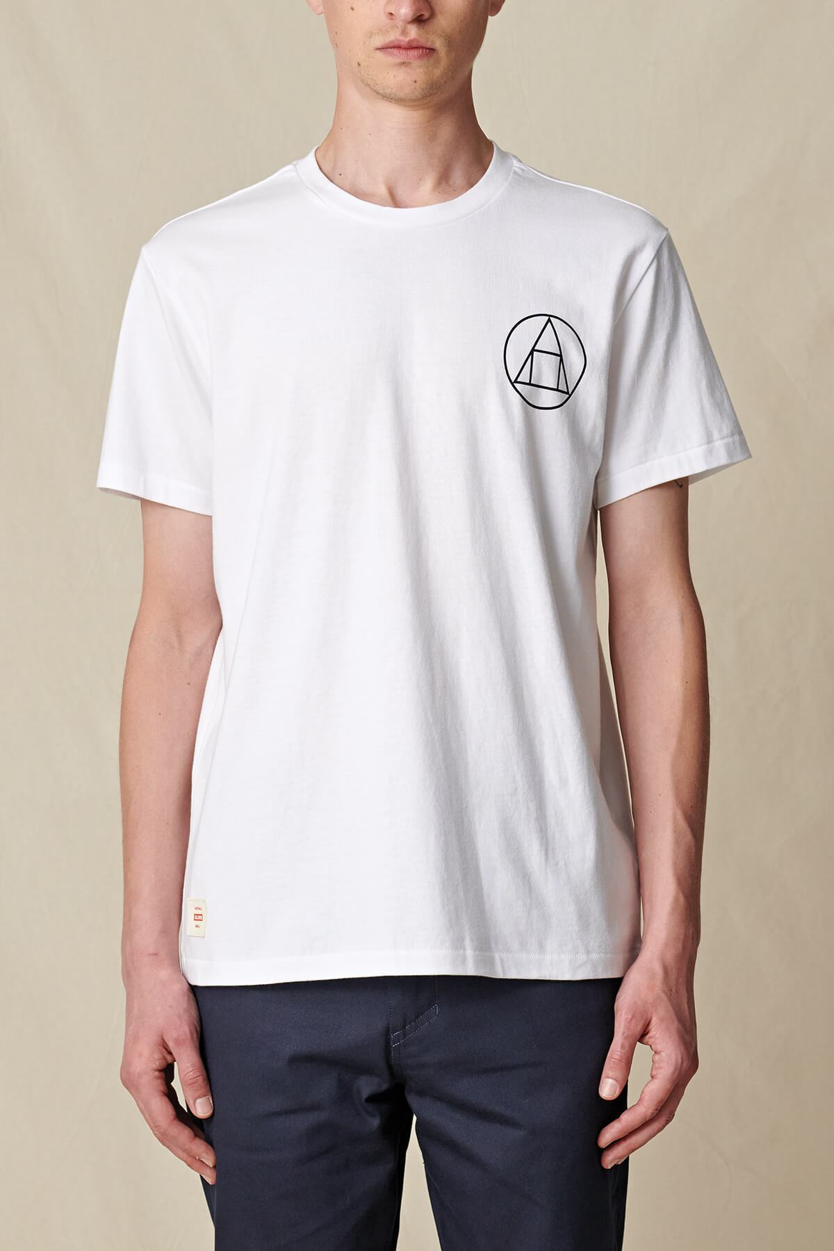 GLOBE-INFINITY-STACK-TEE-T-Shirt-white