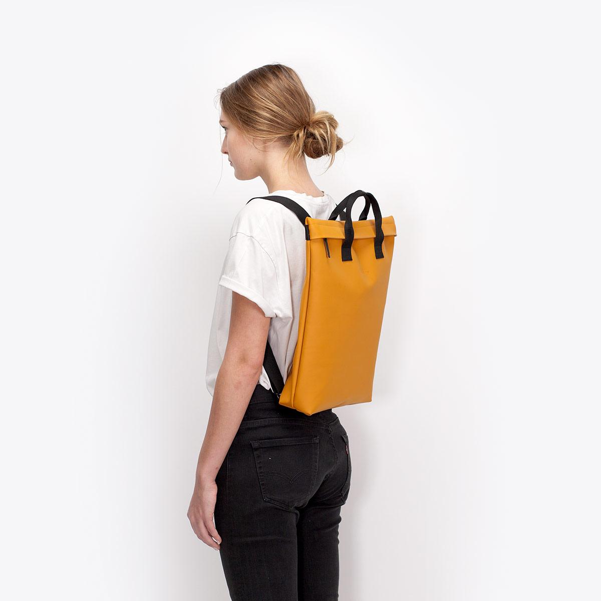 UA_Till-Bag_Lotus-Series_Honey-Mustard_07GZaYA9oyauBOq