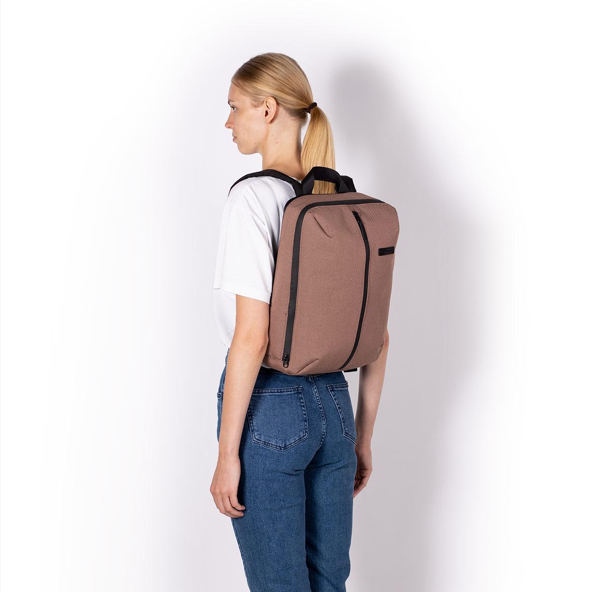UA_Janne-Backpack_Neural-Series_Rose_09