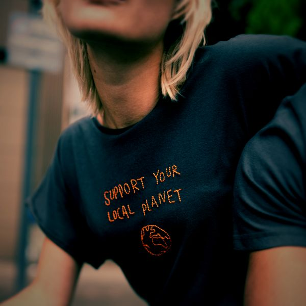 DEDICATED - LOCAL PLANET VISBY T-Shirt charcoal