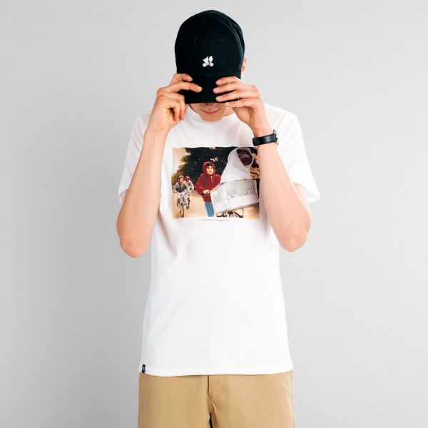 DEDICATED - THE CHASE Stockholm Shirt white
